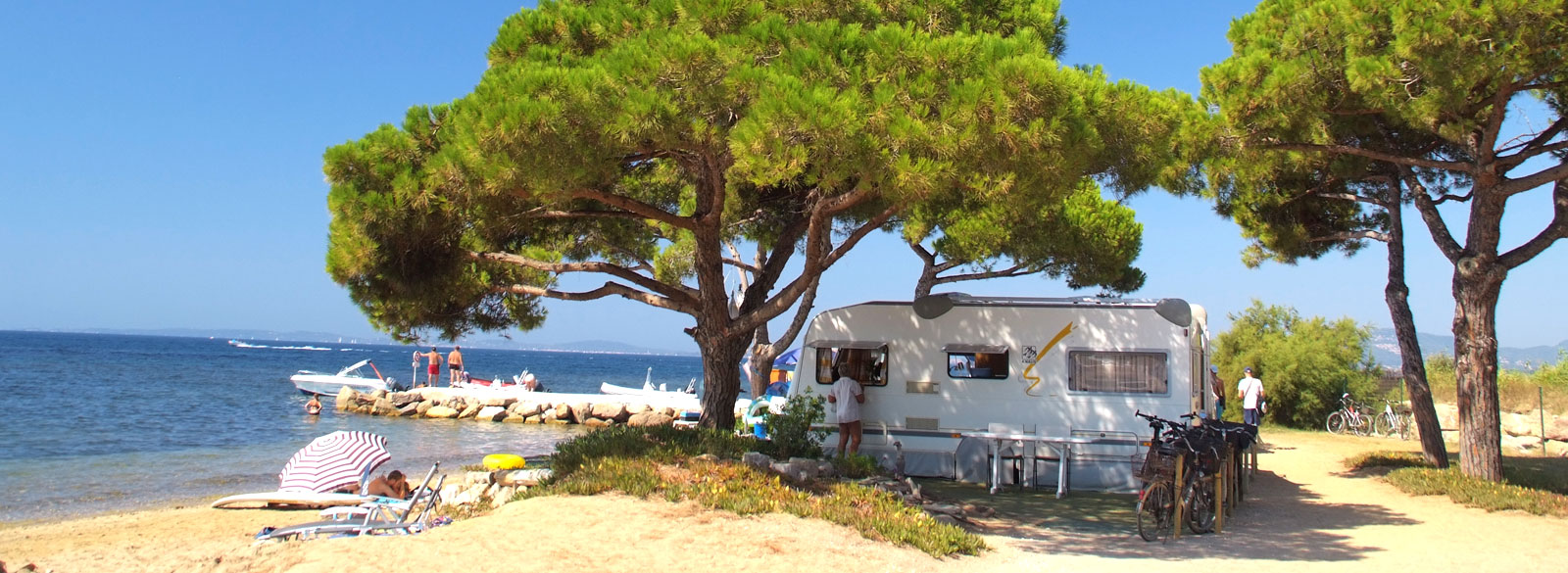 campsite on the beach fort de bregancon