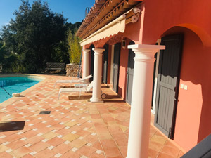 location saisonniere maison proche ile de porquerolles - location maison piscine